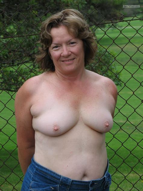 big breasts hard nipples jpg 860x1146