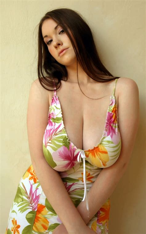 Money porn videos big tits boobs bits jpg 525x839