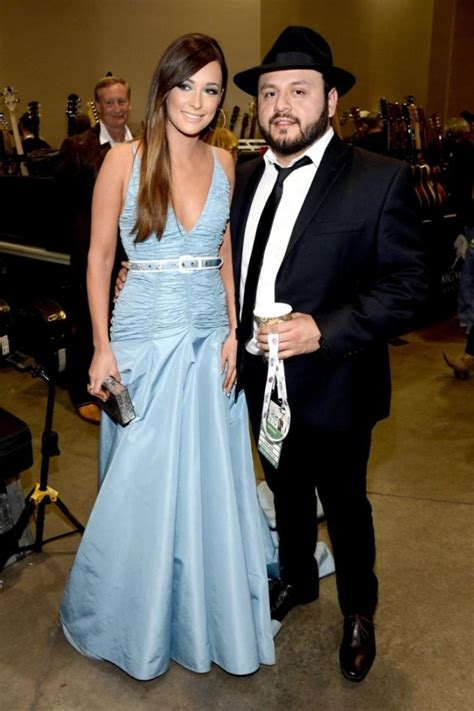 is kacey musgraves dating jpg 682x1024