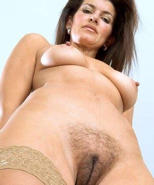 naked mature ladies porn pics jpg 300x362